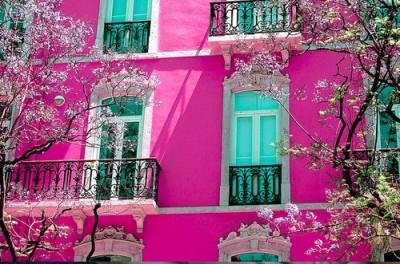 Pink walls otdoors