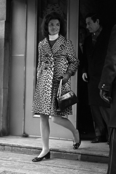 Jackie Kennedy in leopard coat 1967