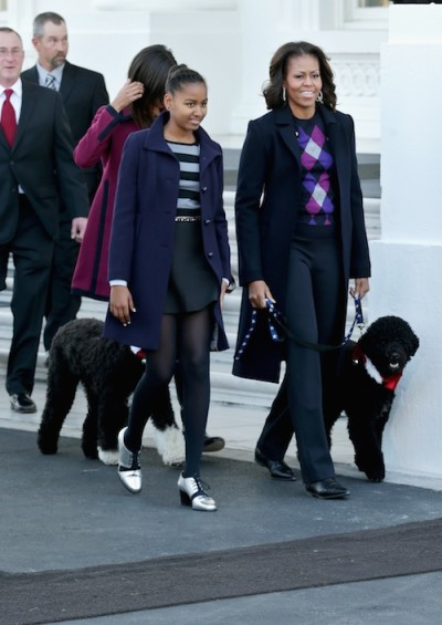 Michelle Obama with daughters and dog Bo