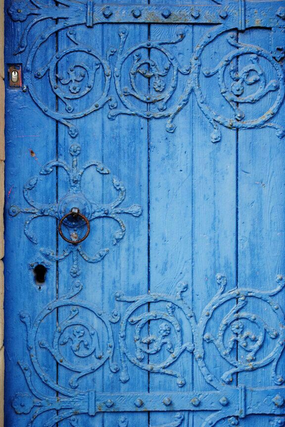 First Impressions Matter: What's Behind That Door?