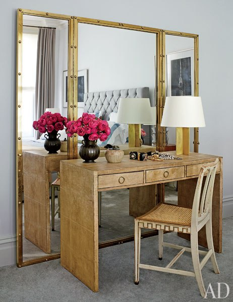 Nina Garcia desk in home