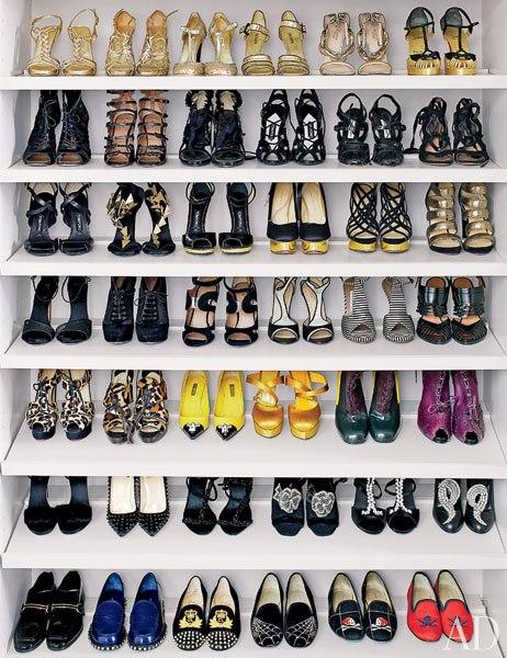 Shoe storage - Nina Garcia