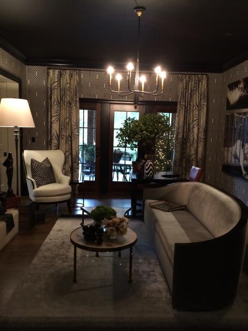 Master bedroom sitting room - Michel Boyd