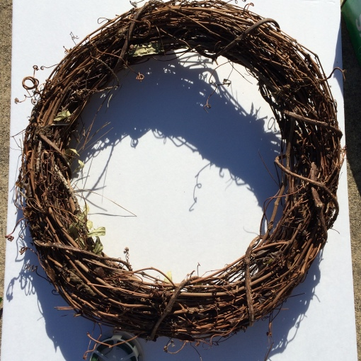 Twig wreath form