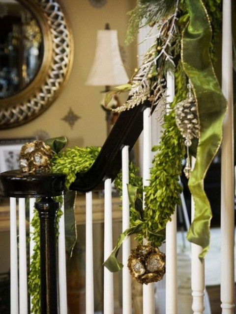 Christmas decorating ideas stairs and entry
