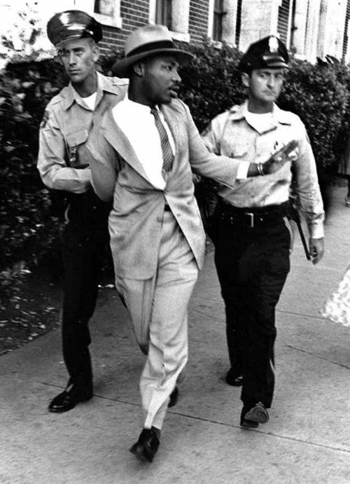 MLK being arrested Alabama 1962