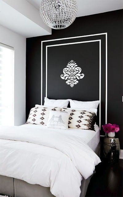 Bedroom w black wall w trim