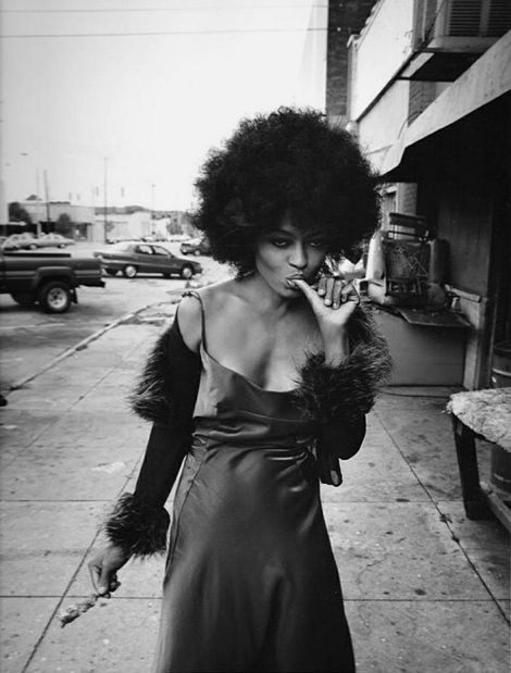 Diana Ross eating