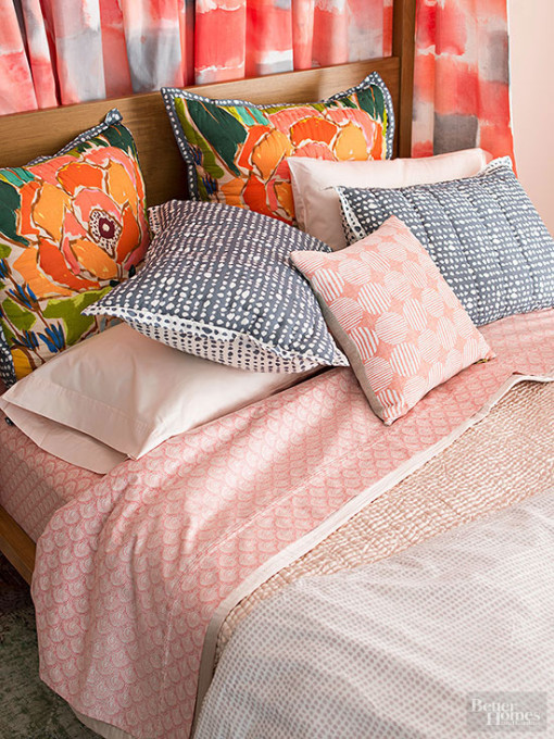 Refresh Bedding in Strawberry Ice