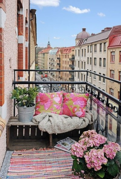 Balcony living Fab Outdoors