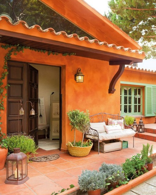 Spanish styled terrace - tangerine spring color trend