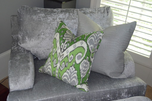 lounge chair with pillows - bedroom
