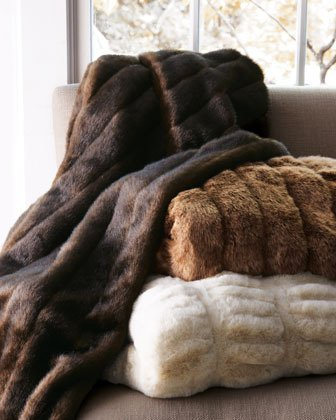 Ribbed Mink faux fur throws - Warm & Fuzzy