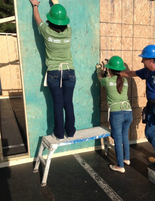 Women Build Lowes Heroes HFH