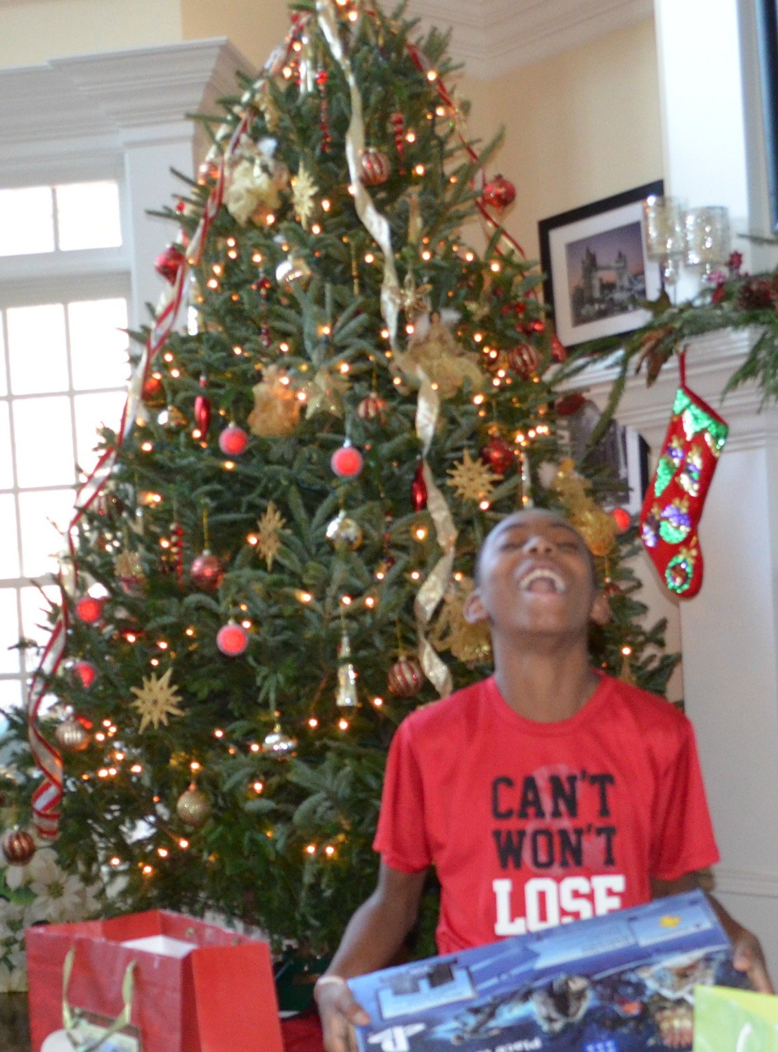 Christmas Gift Giving Guide For Tweens Teens And College Aged Young Adults